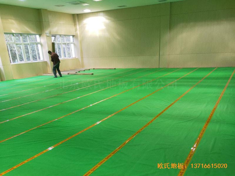 上海丰庄西路绿地小学舞台体育地板铺设案例1