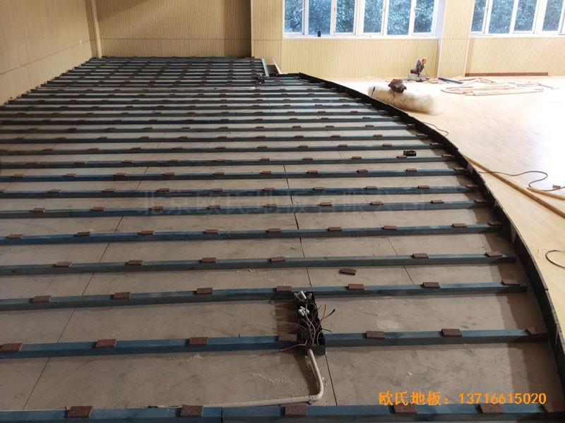 上海丰庄西路绿地小学舞台体育地板铺设案例2