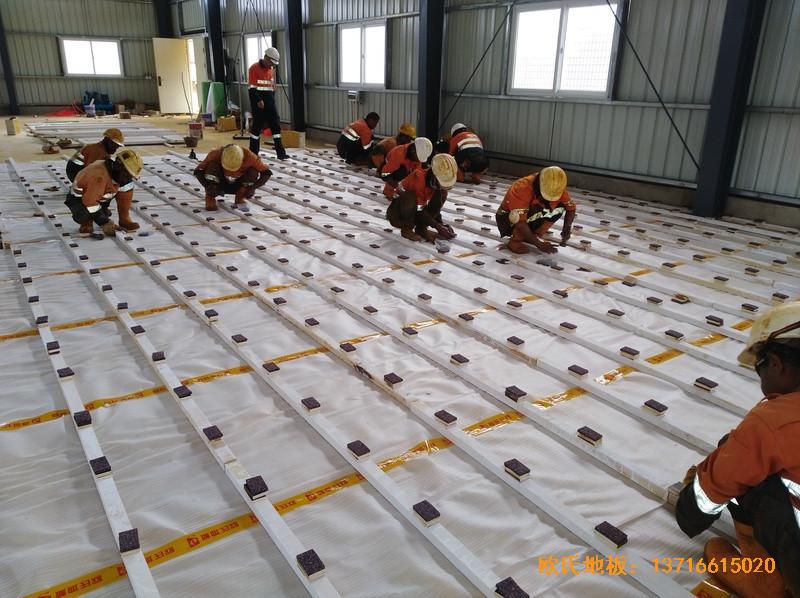 巴布亚新几内亚羽毛球馆运动地板安装案例1