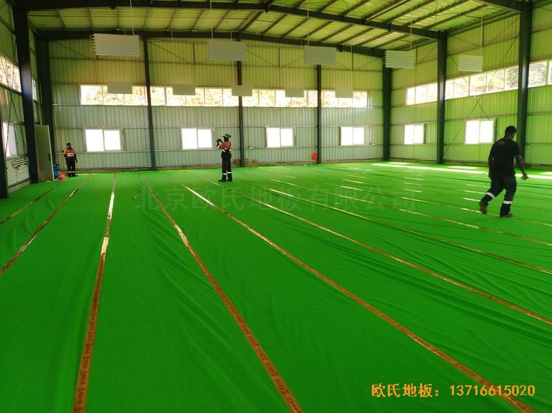 巴布亚新几内亚羽毛球馆运动地板安装案例2