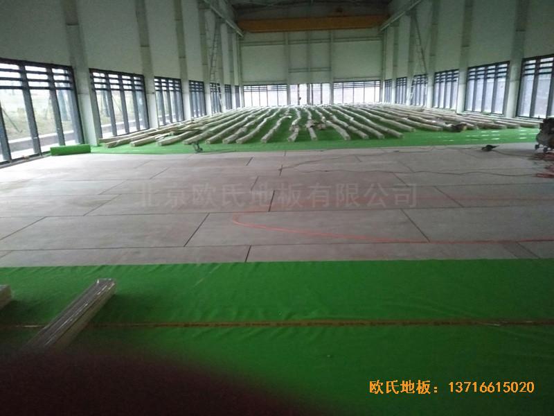 武汉青山区江滩体育馆体育地板施工案例2