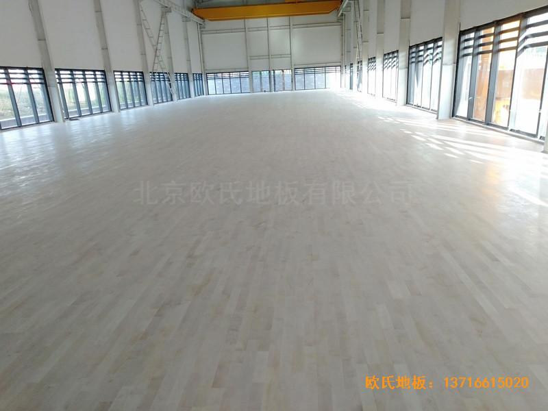 武汉青山区江滩体育馆体育地板施工案例4