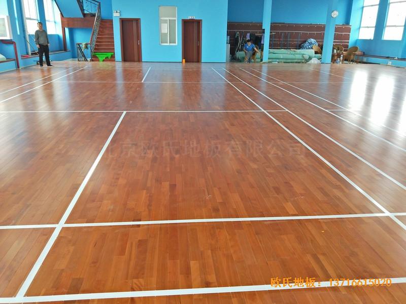 云南公安局小区羽毛球馆运动木地板安装案例0