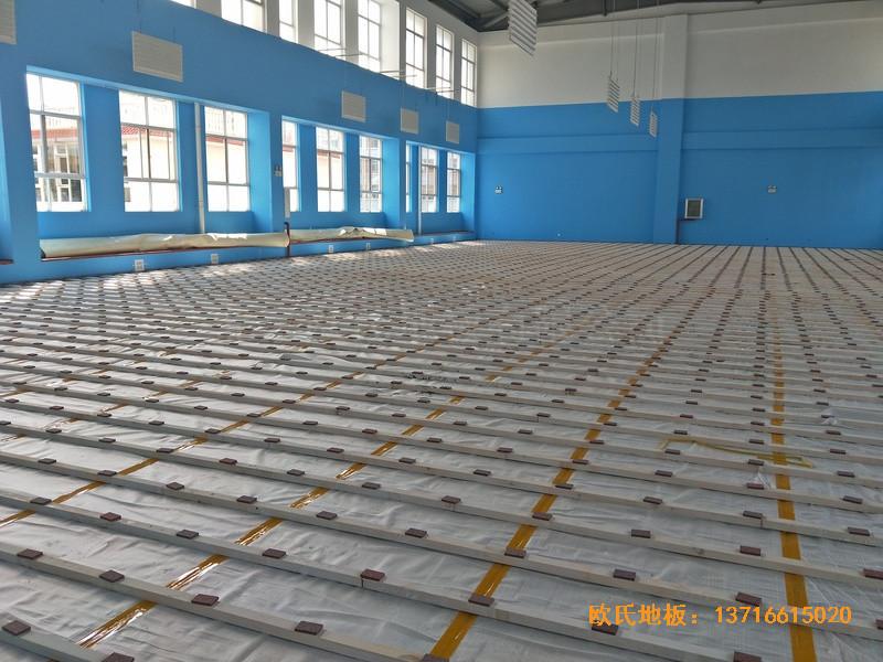 云南公安局小区羽毛球馆运动木地板安装案例1
