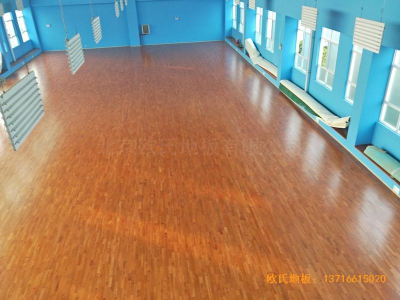 云南公安局小区羽毛球馆运动木地板安装案例3