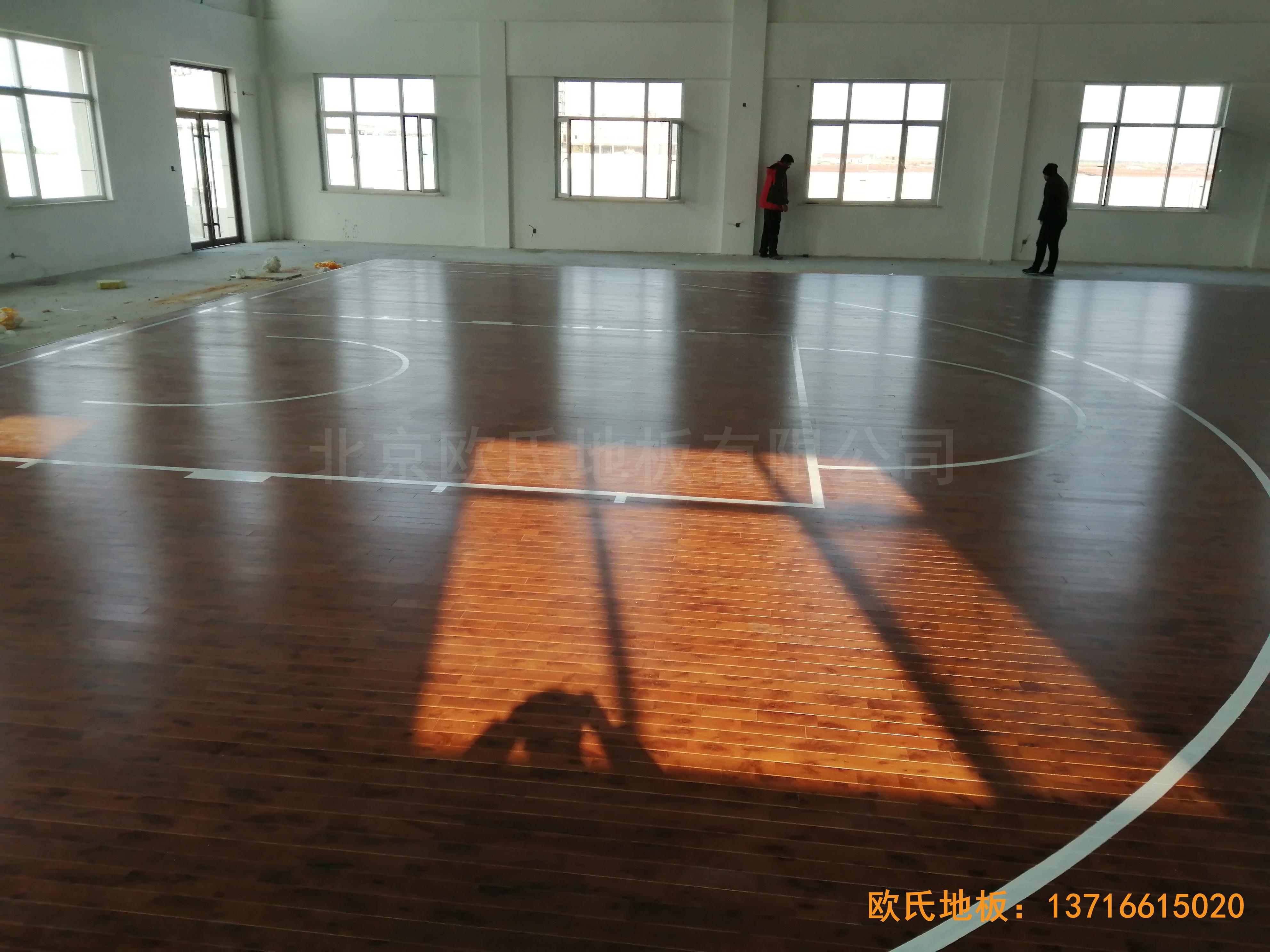 莱州银海工业园消防特训队篮球馆体育木地板铺装案例4