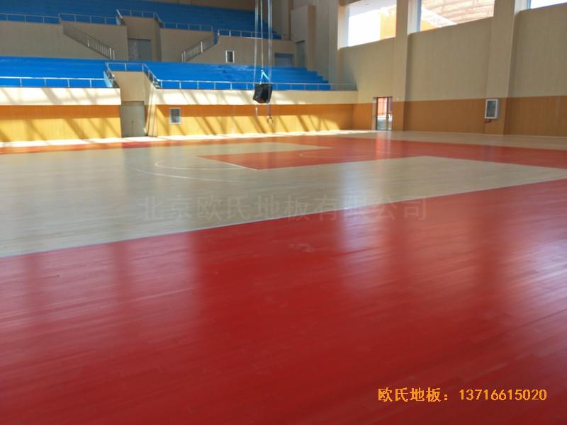 云南楚雄医专学院篮球馆运动地板铺装案例4