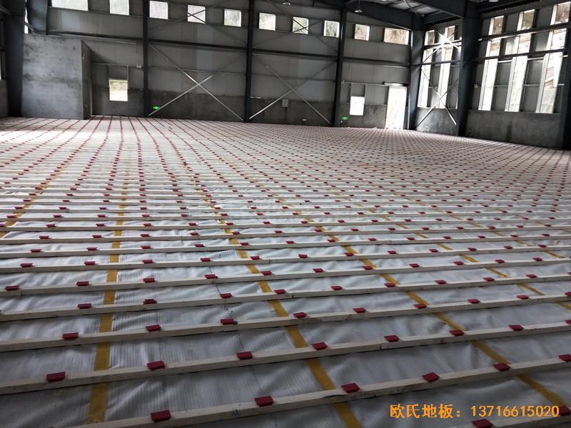 四川阿坝州马尔康消防支队篮球馆体育地板铺装案例1