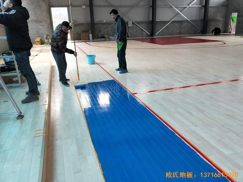 四川阿坝州马尔康消防支队篮球馆体育地板铺装案例3