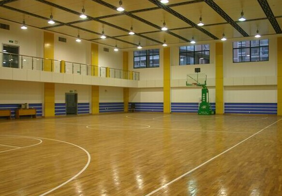 体育运动地板安装及清理方式