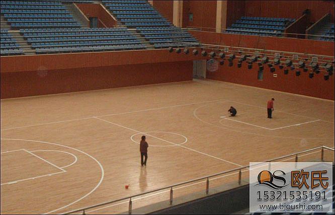 篮球地板的维护工作怎么做
