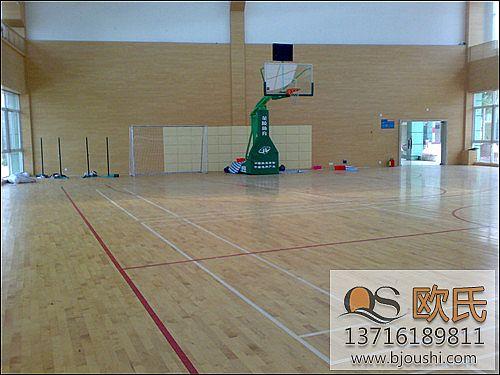室内篮球场木地板秋冬季如何保养